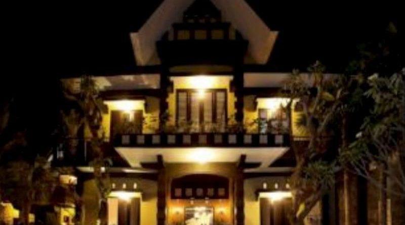 De'Clove Guest House